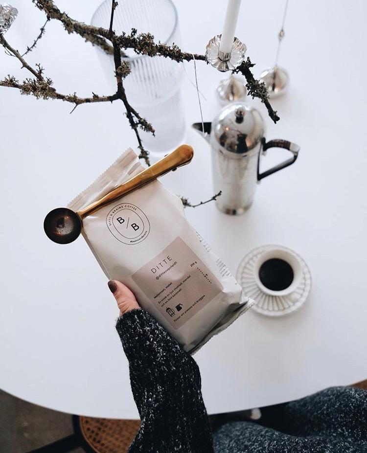 Ge bort kaffe i present på alla hjärtans dag