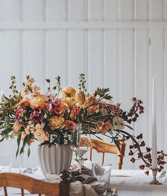 Bordsdukning blommor